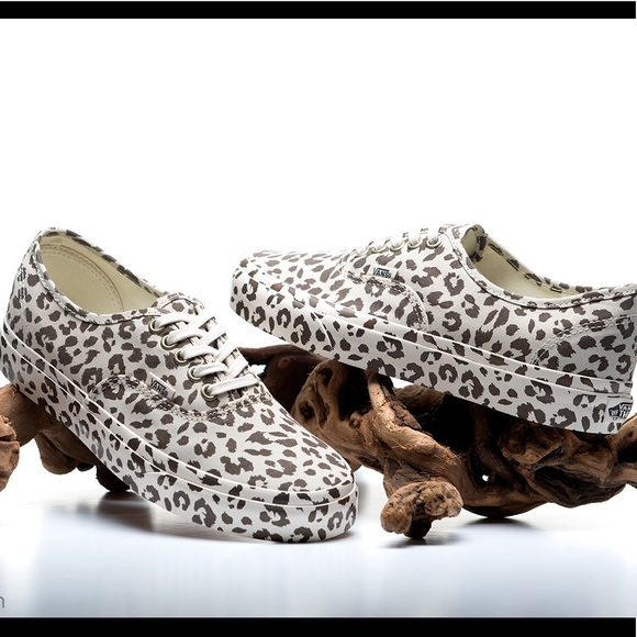 36b807ede3 Vans Mono Leopard Print Sneakers UNISEX